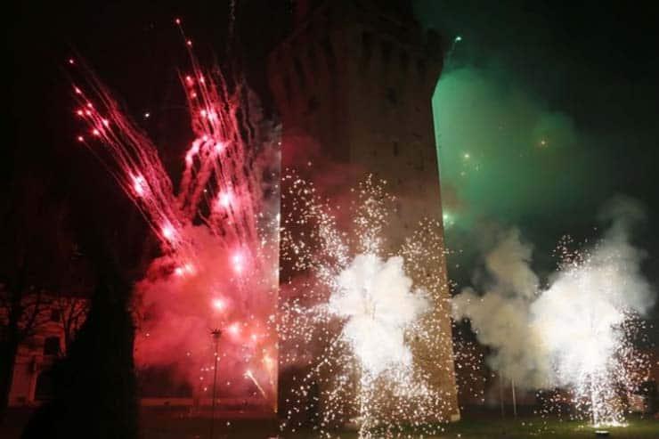 rogo della vecia a revere mantova torre brucia